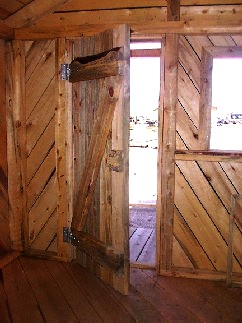 Entry door to post and beam no loft cabin made by greenleaf forestry